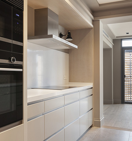 Opened Kitchen with porcelain stoneware