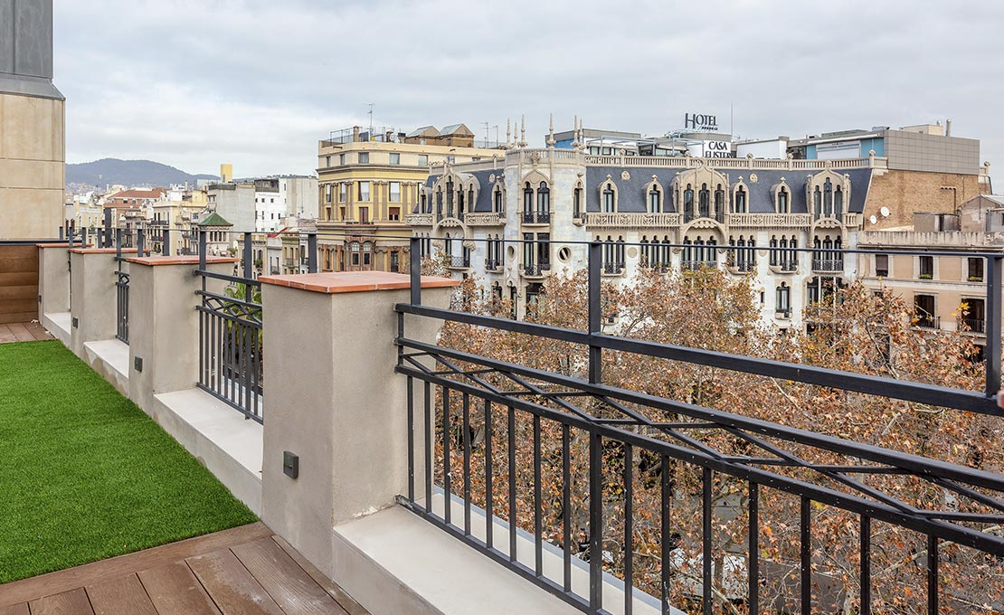 Views over Paseo de Gràcia from the roof